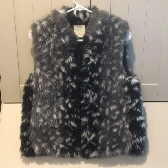 Pins & Needles Jackets & Blazers - Urban Outfitters, Pins and Needles Faux Fur Vest